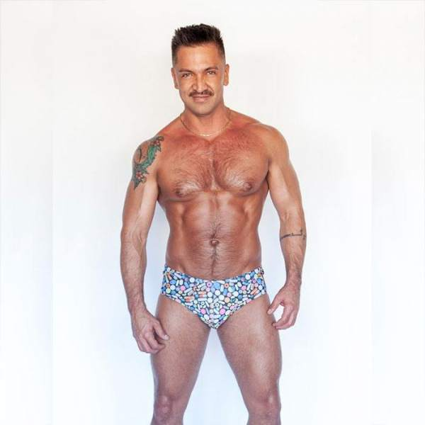 Dominic-Pacifico-is-a-gay-male-stripper-in-Las-Vegas-2