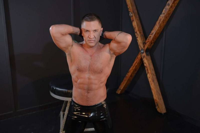 Dominic-Pacifico-is-a-gay-male-stripper-in-Las-Vegas-3