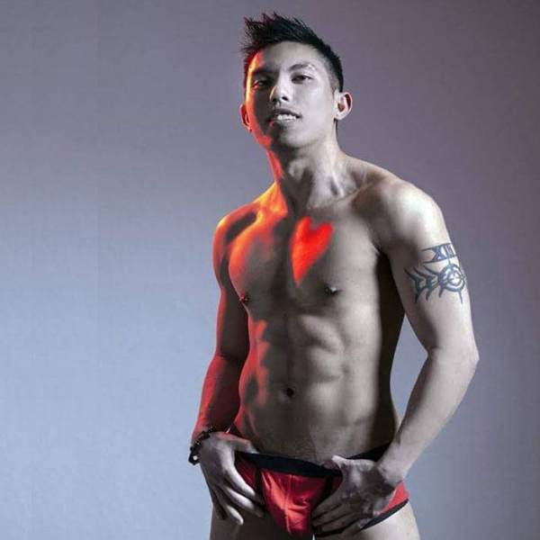 Jacob-is-a-LGBT-stripper-in-sin-city-2
