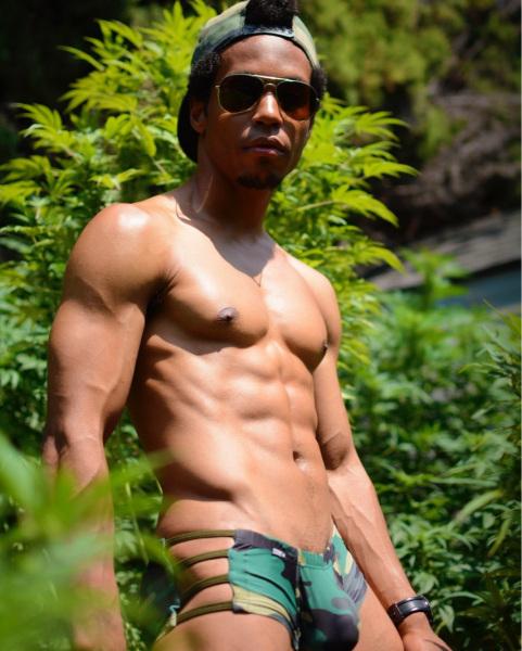 Koji-is-a-mixed-gay-friendly-male-stripper-1