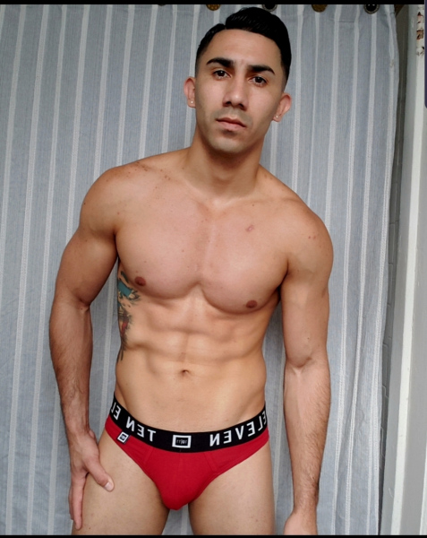 Luisito-Anthony-gay-male-stripper-Las-Vegas-7